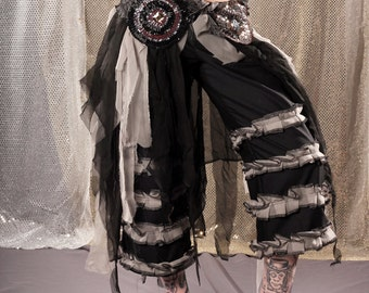 Black Noir Belly Dance Pants Belt Skirt Set, tattered Gothic Tribal Fusion Wrap in black and grey summer festival outfit. low waist