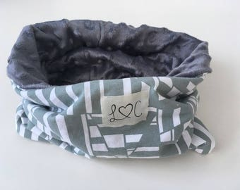 Neck warmer gray and white