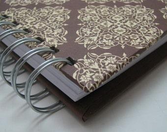 Gratitude Journal - Pocket Size - Thankful Journal - Daily Gratitude - Mini Journal - Grateful Journal - Year Journal - Year - Brown Damask