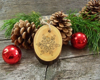 Snowflake Christmas Ornament. Christmas Ornament with Snowflake. Handmade Christmas Ornament. Handmade Snowflake Ornament. Tree Decoration.