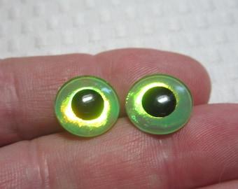 Eye chips for Blythe dolls- reflective green foiled opalescent eyes for blythe dolls-14mm eyechips for blythe