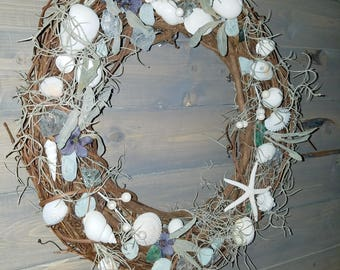 Tide Pool Grapevine Wreath, Sea Shells, Glass