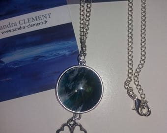 Blue duck and balcn unique necklace with its silvery beloque and chain