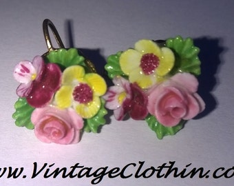c1950s Vintage Denton England Porcelain Flower Screw Back Earrings,  Denton England, Screw Back Earrings, 1950s Earrings, Vintage Earrings