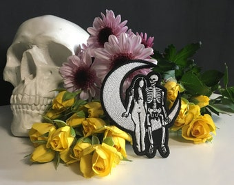 Lovers on the Moon Patch / Skeleton and Sad Girl Embroidery / Death and the Maiden / Goth Witchy Dark Tattoo Art /  Embroidered Patch