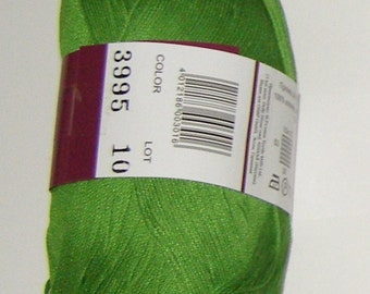 Vita Pelican crochet thread size 10, 100% mercerized cotton, 50g/360 yds, #3995 green