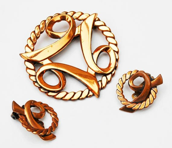 Copper Brooch earring set - swirl Celtic knot - Modernistic Abstract - clip on earrings pin