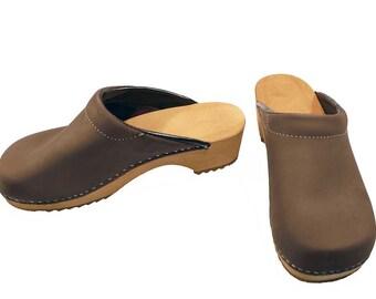 Nubuk Clogs brown