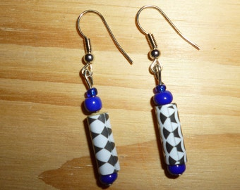 minimalist earrings with upcycled paper beads main '
