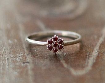 Silver ring with Garnet, narrow ring