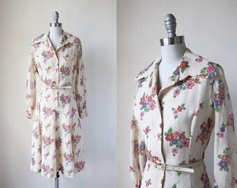 1970s vintage long sleeve belted button front floral flower print beige shirt dress m l