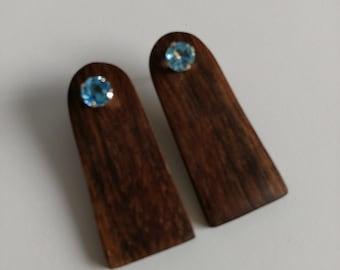Walnut and Blue Topaz 10 KT Gold Earrings