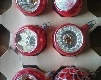 Vintage 1950's Set of 6 Red Christmas Ornaments, Indented, Teardrop