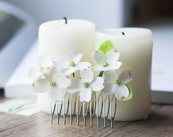 Dogwood flower comb - rustic hair comb - white hair comb -  hair comb bridal - dogwood blossom - garden woodland wedding, white flower comb