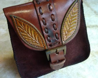 Belt buckle leather closure purse