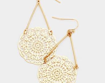 Filigree Disc Metal Bar Earrings - Gold Tone
