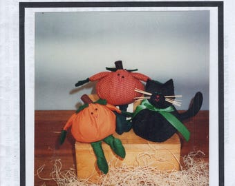 Free Us Ship HALLOWEEN Craft Sewing Pattern Unused Fabricraft 102 Mr. Pumpkin & Friends Black Cat Soft Sculpture Dolls KItty 1994