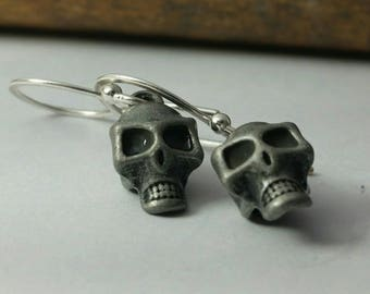 Skull Sterling Silver Wire Hammered Earrings