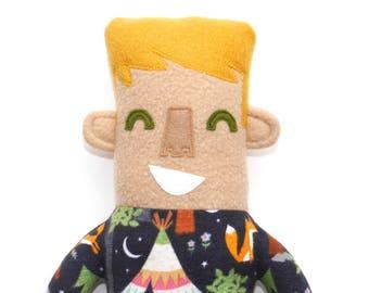 Liam pyjama enfant peluche poupée, à colorier, lovie, mignon, doudou, boy, animal en peluche, camping sur le thème