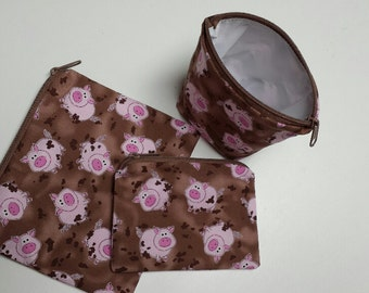 Sandwich Bags with Pigs, Snack Bags with Pigs, Lunch Baggies with Pigs, Nylon Lining, Pig Snack Bags, Reusable Snack Bags, Washable.