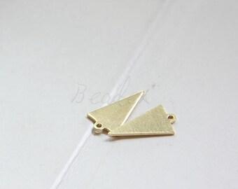 50 Pieces / Raw Brass / Brass Base / Geometry / Triangle / Arrow / Charm (C3079//P420)