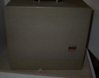 Antique La Belle 35mm Slide Projector