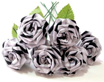 Classic Black and White Swirl Rose Bouquet