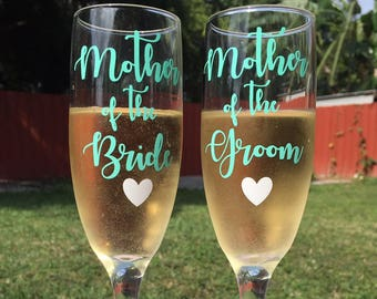 Mother of the Bride or Groom Champagne Glasses | Bridesmaid Glasses | Maid of honor | Matron of Honor glasses