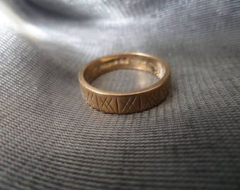 Beautiful Vintage 9ct Gold Fully Hallmarked Patterned Wedding Ring, Size O, 3.4g