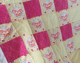 Beautiful Baby Quilt with Butterflies Design