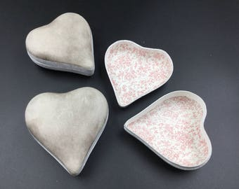 Set of 3 Heart-shaped Cardboard Boxes