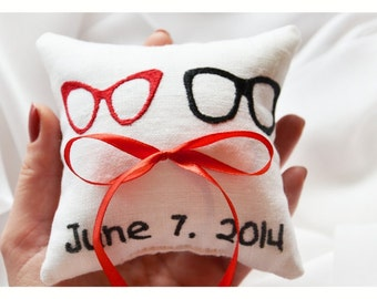 Mr & Mrs Embroidered Wedding ring pillow , Glasses wedding pillow ,personalized  ring pillow, ring bearer pillow ,Custom embroidery (LR18)
