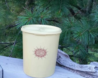 Tupperware Cookie Canister Light Harvest Gold
