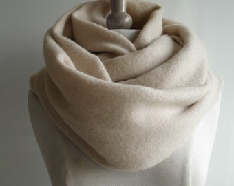 Infinity Scarf Knitted Lambswool - Colour Pale Caramel