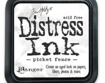 Ranger Tim Holtz  Distress Ink Pad 3 x 3 Full Pad Size In Picket Fence
