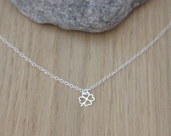 Sterling silver necklace 4-leaf clover pendant - fine silver necklace - minimalist necklace - chance necklace - silver choker