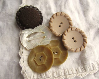 Vintage Chunky Brown Neutral Buttons and Shell Buckle Rustic Natural