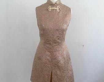 1960s Pink Metallic Paisley Mini Dress* Size Small