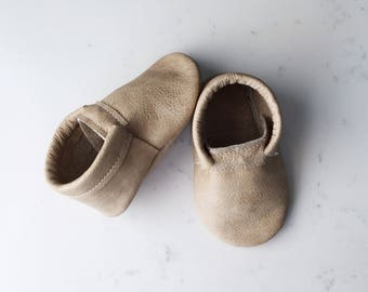 Pebble Leather Baby Moccasins