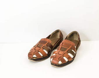 leather huaraches size 7M - Women's woven leather shoes - Leather flats - Woven shoes - Boho hurarache - Brown leather sandal