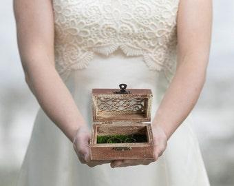 Wedding Box, Engraved ring box, Rustic Ring Bearer Box, Еngagement box, Artificial Grass Ring Box Proposal Box Wedding Ring Holder  Ring Box