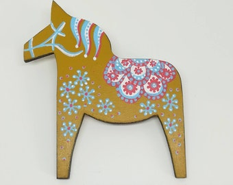 Hand painted mid century modern scandinavian style dala horse statement brooch in ochre.