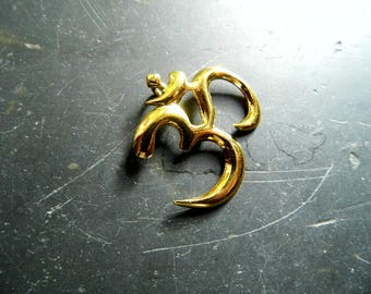 Pendant, OM, sterling silver, gilded, protection, India