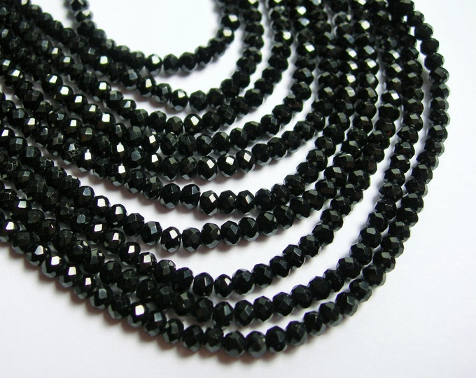 Crystal - rondelle faceted 3.5mm x 2.5mm beads - 140 beads - Black - full strand - MAC4