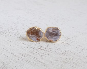 Geode Stud Earrings, Round Druzy Earrings, Gray Gemstone Earrings, Natural Druzy Studs, Drussy, Small Stone Posts, Gold Posts, Gift, G7-797