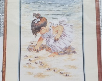 """New counted cross stitch pattern """"Collecting shells"""" by JanLynn"""