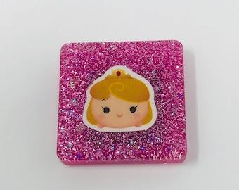 1-1/4 in Princess Aurora Resin Glitter Magnet