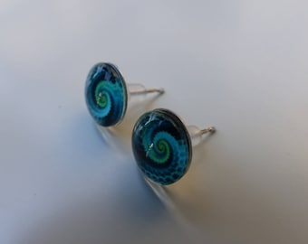 With ethnic cabochon Stud Earrings