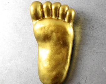 Bigfoot Fridge Magnet - Lucky Gold