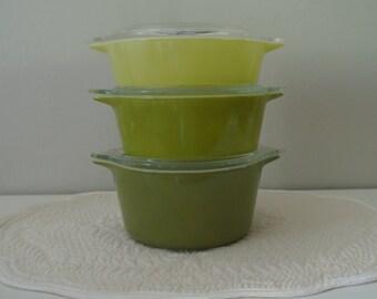 3 Vintage Green PYREX Cinderella Casserole Stacking Dishes